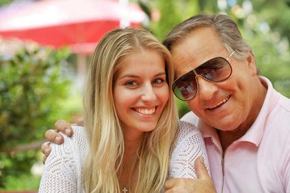 Altersunterschied bei Paaren: Hindernis für eine Beziehung?