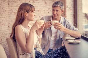 Singles beim ersten Daten - über welche Theman man reden kann